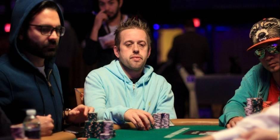 Exploit du Belge Kenny Hallaert qui se qualifie pour la finale des championnats du monde de poker