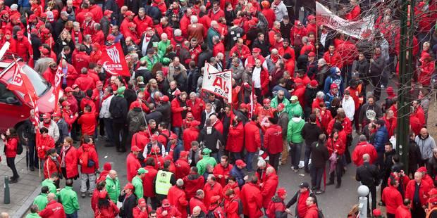 Les syndicats hésitent à maintenir la grève générale prévue en octobre - La Libre