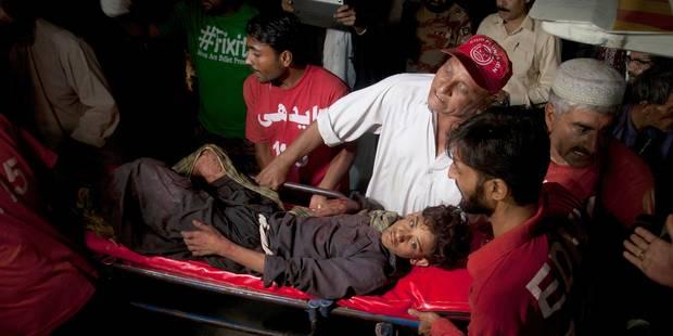 52 morts dans l'explosion d'un sanctuaire au Pakistan - La Libre