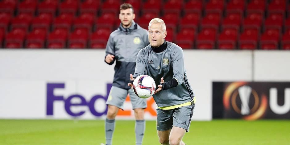 Rien ne va plus pour Olivier Deschacht à Anderlecht: il s'entraîne avec les U21