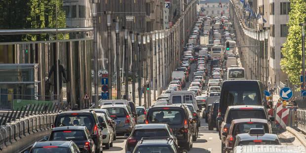 Pollution : Le chauffage et la voiture, les deux poisons bruxellois - La Libre