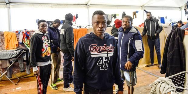 La révolte des migrants du centre Cona en Italie - La Libre