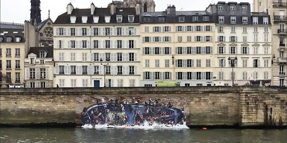 En bord de Seine, un trompe-l'œil sensibilise à la question des migrants (PHOTOS)