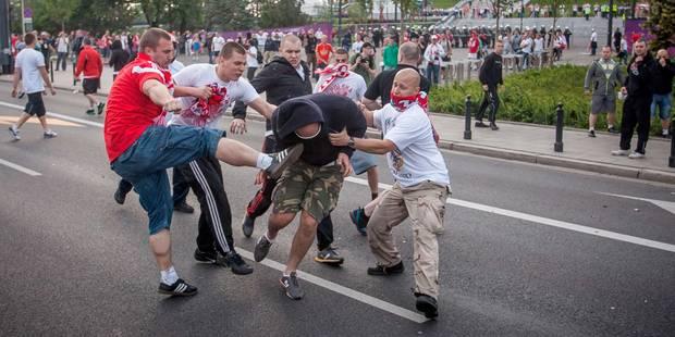 Les hooligans russes sont entraînés aux différentes méthodes de combat (VIDEO) - La Libre