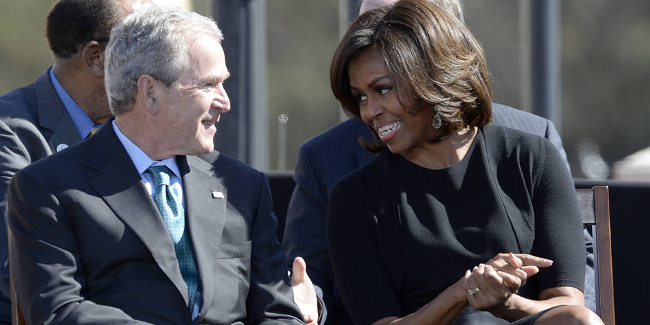 L'improbable amitié entre George W. Bush et Michelle Obama