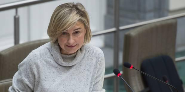 Propos sur les parents allochtones: la N-VA satisfaite que la ministre Crevits reconnaisse le problème - La Libre