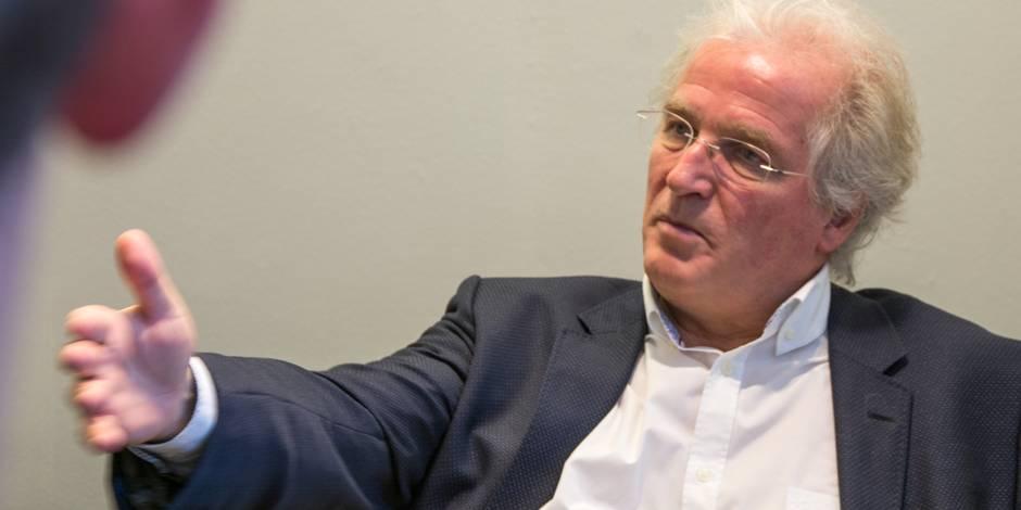 La direction de la Société d'Investissement de Bruxelles gagne trop, estime Gosuin