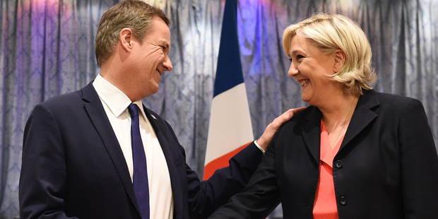 Dupont-Aignan, le dissident sous-estimé devenu profanateur de la République - La Libre