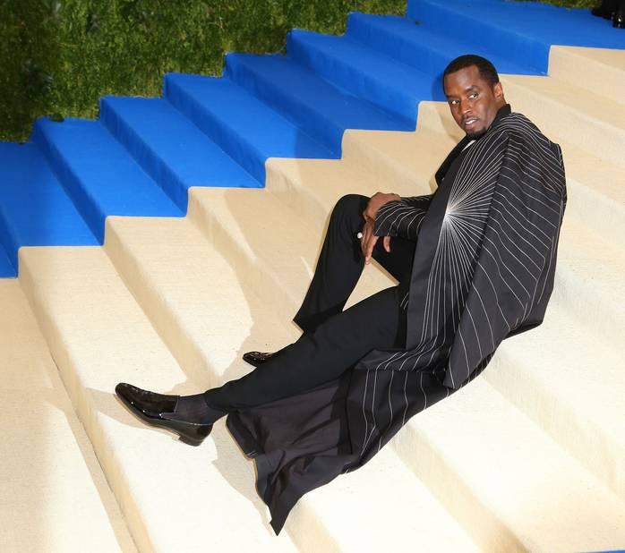 P. Diddy fait son show sur les marches du Met Ball