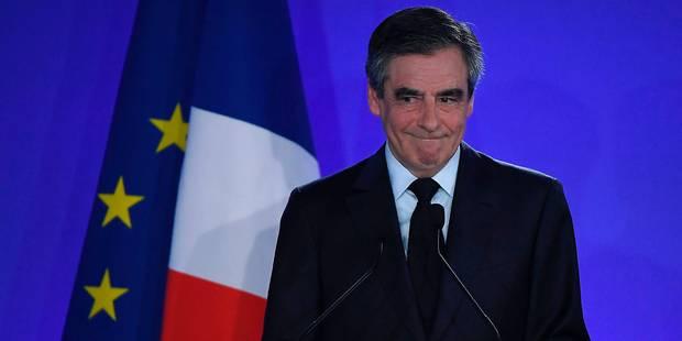 Emplois fictifs présumés: Fillon a déposé plainte contre Le Canard enchaîné - La Libre