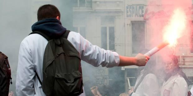 Un front commun d'étudiants en médecine en justice contre l'Etat belge - La Libre