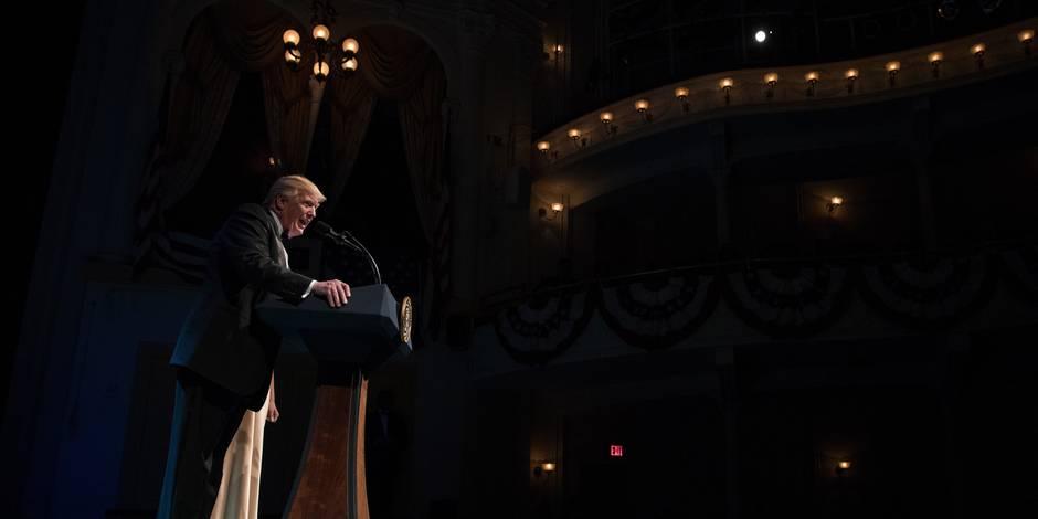 """Trump promet de faire """"ce qui est nécessaire"""" pour garder le terrorisme hors des Etats-Unis"""