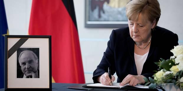 """Historique, des """"obsèques européennes"""" pour Helmut Kohl... sur fond de querelles familiales - La Libre"""