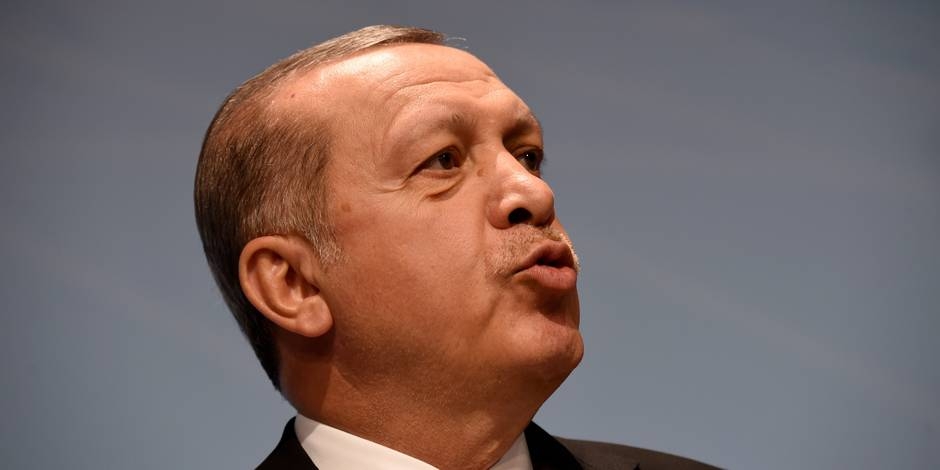 """Turquie: plus de 7.000 nouvelles personnes limogées, Gülen dénonce une """"chasse aux sorcières"""""""