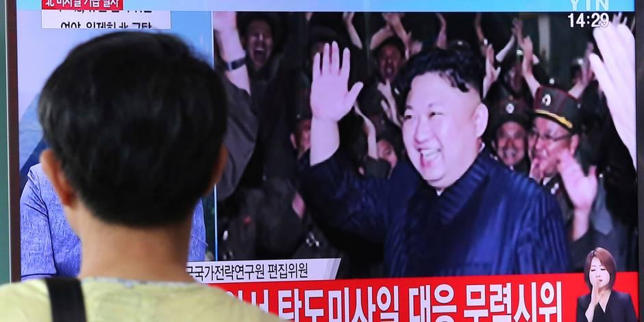 """Corée du Nord: le dernier test de missile, un """"avertissement"""" adressé aux USA"""