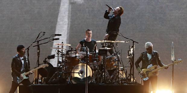 Les spectateurs de U2 invités à signer une pétition pour les droits des réfugiés - La Libre