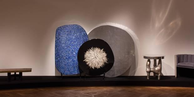 Ado Chale et ses tables de pierres rares - La Libre