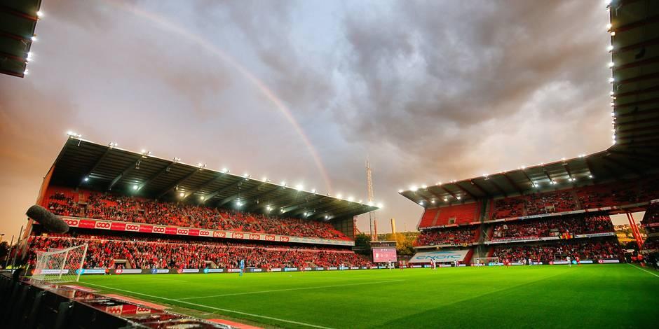 """Les fans rouches ont rencontré staff, direction et joueurs du Standard: """"Après les mots, place aux actes…"""""""