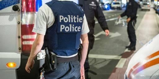 Des policiers à nouveau pris pour cible à Borgerhout - La Libre