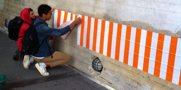 A Louvain-la-Neuve, Daniel Buren refait son affichage sauvage (PHOTOS) - La Libre
