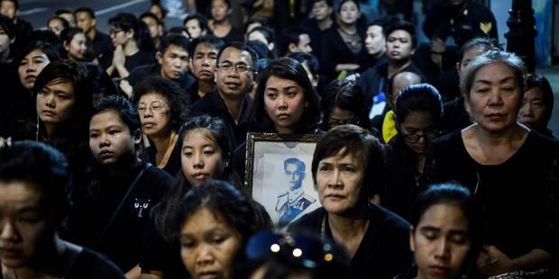 Thaïlande: fin d'une année de deuil pour le roi Bhumibol - La Libre
