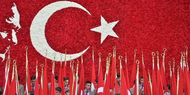 Cinq Bruxellois incarcérés en Turquie pour soupçons de djihadisme veulent porter plainte - La Libre