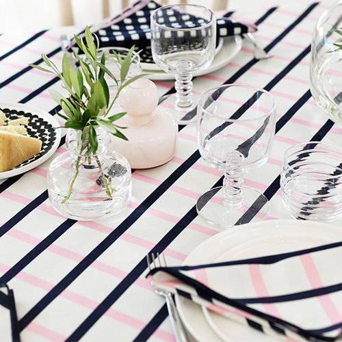Vase Marimekko, 39 euros chez  www.finnishdesignshop.com