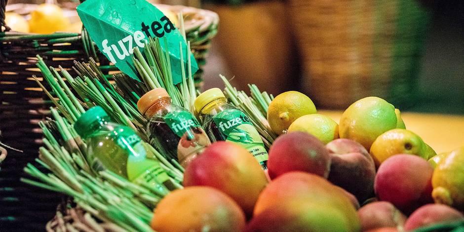 Fuze Tea : la nouvelle boisson Coca-Cola, produite à Anderlecht, qui doit révolutionner le marché du soda - La Libre