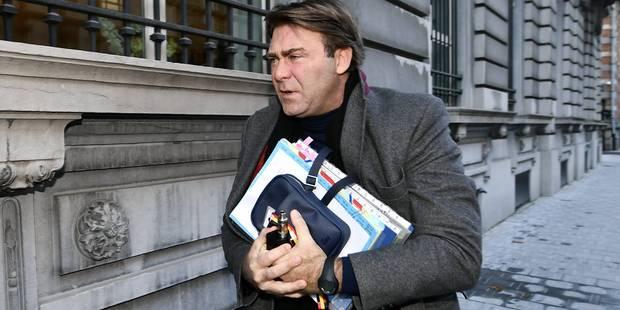 """Stocks de poudre de lait: Denis Ducarme plaide """"la prudence et la mesure"""" - La Libre"""