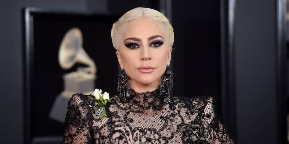 """Lady Gaga annule sa tournée en Europe en raison de """"douleurs aiguës"""""""
