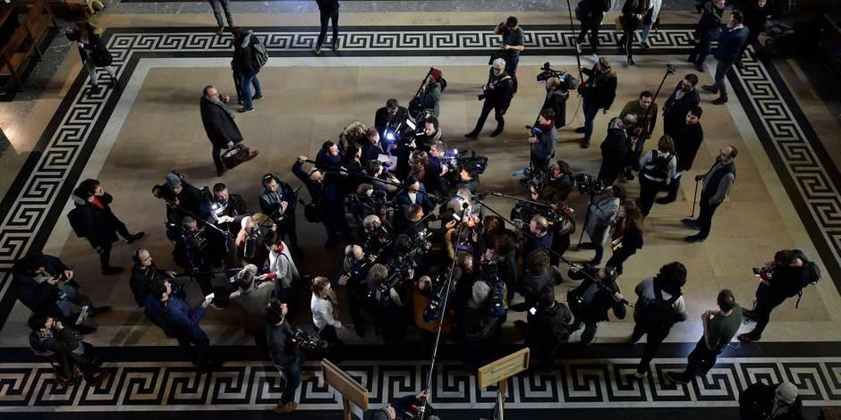 La première matinée du procès Abdeslam résumée en 5 photos