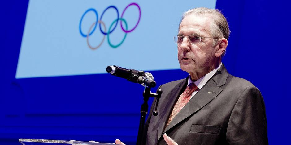 20131005 - BRUSSELS, BELGIUM: Former IOC International Olympic Committee chairman Jacques Rogge delivers a speech at the celebration of former IOC International Olympic Committee chairman Jacques Rogge by BOIC-COIB Belgian Olympic Committee, Saturday 05 October 2013, in Brussels. BELGA PHOTO BENOIT DOPPAGNE