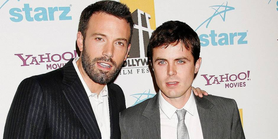 """ 11TH ANNUAL HOLLYWOOD AWARDS GALA CEREMONY "", AT THE BEVERLY HILTON HOTEL IN BEVERLY HILLS. LOS ANGELES, OCTOBER 22, 2007. Pic : Ben Affleck & brother Casey Affleck REPORTERS / Angeli Ref: 00125759_000074.jpg"