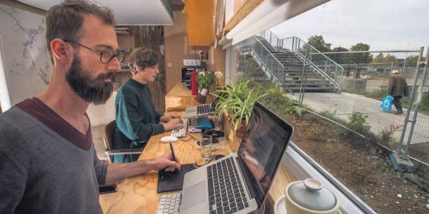 Herstal: pendant trois mois, deux architectes vont vivre jour et nuit dans un conteneur