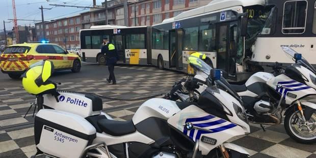 Une collision entre un bus et un tram fait plus de 20 blessés à Anvers (VIDEO) - La Libre