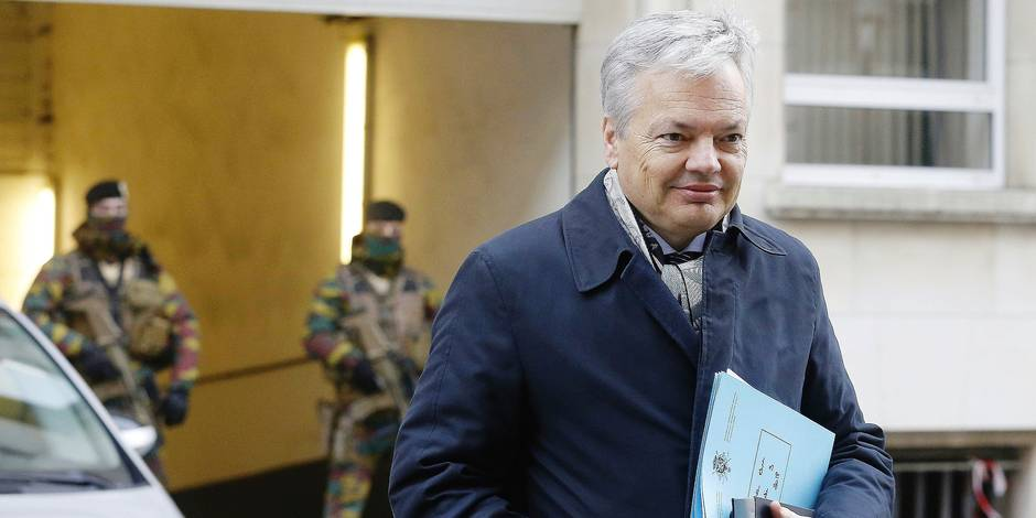 Vice-Prime Minister and Foreign Minister Didier Reynders pictured during a Minister's council meeting of the Federal Government in Brussels, Friday 09 February 2018. BELGA PHOTO NICOLAS MAETERLINCK