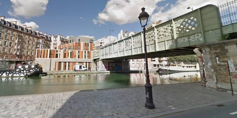 Trois enfants détroussés et poussés dans le canal de l'Ourcq à Paris