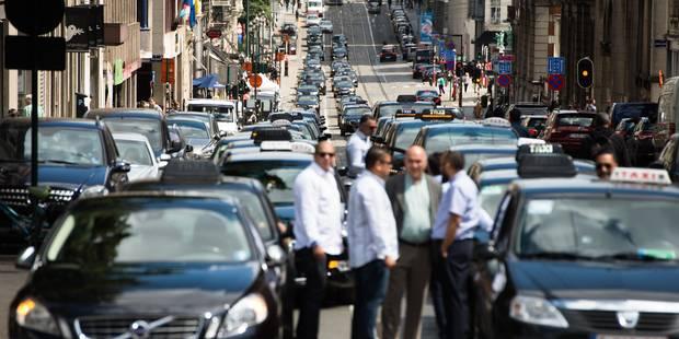 Plus de 600 taxis attendus à Bruxelles ce mardi: la police déconseille de prendre sa voiture - La Libre