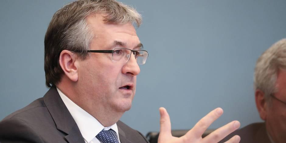 Aides wallonnes à l'emploi: le ministre Jeholet avance ce jeudi une réforme qui exclura certains secteurs - La Libre