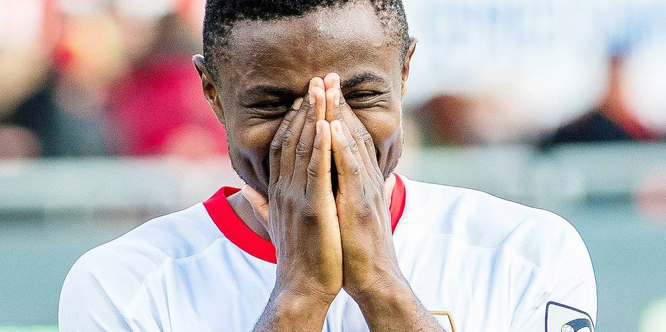 Standard's Collins Fai celebrates after winning the Jupiler Pro League match between KV Oostende and Standard de Liege, in Oostende, Sunday 11 March 2018, on day 30 of the Jupiler Pro League, the Belgian soccer championship season 2017-2018. BELGA PHOTO LAURIE DIEFFEMBACQ
