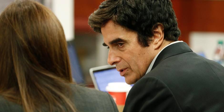 David Copperfield contraint de dévoiler le truc derrière son tour le plus connu